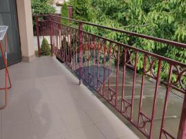 Casa familiala 6 camere garaj 430 mp teren Andrei Muresanu