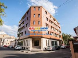 Bloc 2019 cu 9 apartamente si 2 spatii comerciale, Unirii