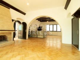 Carol/Armeneasca,Spatiu in vila cu open space 60mp,renovat 2
