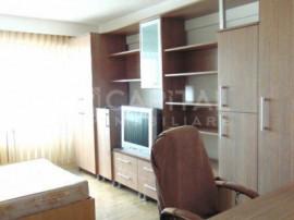 Apartament 2 camere decomandat zona Intre Lacuri