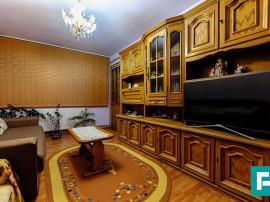 Apartament cu 3 camere în Pecica