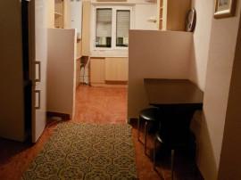 Apartament doua decomandate, mobilat, 9 Mai