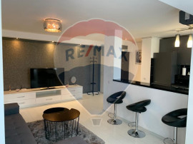 Apartament central de lux / Inchiriere