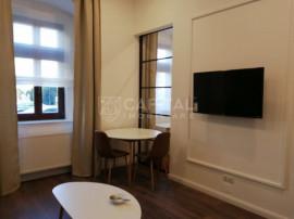 Închiriere apartament cu 2 camere semidecomandat, Piața Av