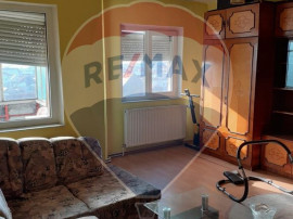 Apartament 3 camere | Hol intrare + Bucatarie | Turnisor