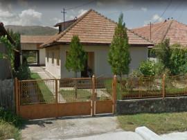 ID: 17617 Casa si teren Str. Marului, com. Pargaresti, ju...