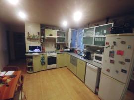 Apartament 3 camere Dambu Pietros
