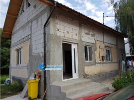 Casa semifinisata de in Budeasa, Valea Marului