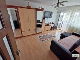 Apartament 3 camere decomandat renovat Tractorul,107O1
