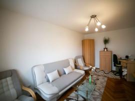 Apartament luminos decomandat în Vlaicu, Lebăda