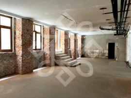 Spatiu comercial, ultracentral, Oradea SV002