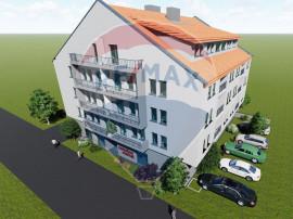 Apartament cu 4 camere de vânzare în zona Alfa