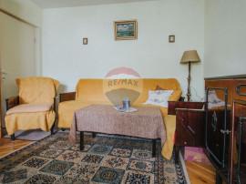 Apartament în zona Maratei 3 camere decomandat.