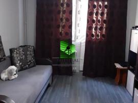 Apartament 3 camere Noua, decomandat, etajul 2, renovat