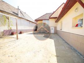 Casa cu teren zona Spitalului Judetean