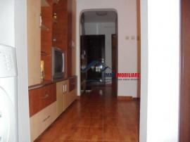 Spatios! apartament cu 3 camere in Targoviste-micro 12