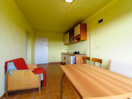 Apartament cu o cameră în Bujac.