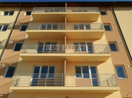 Apartament 2 Camere - Bucatarie Inchisa - Loc de parcare BON