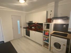 Apartament cu 3 camere, 2 bai zona Vaile Aaron Judet Sibiu