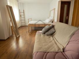 Apartament 4 camere - zona Marriott
