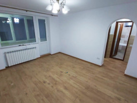 Apartament 2 camere zona Marchian