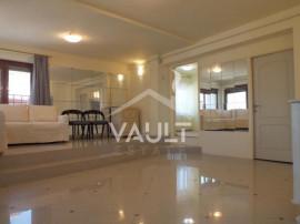 Cod P2195 - Apartament 3 camere-130 mp-Singur pe etaj - Prim