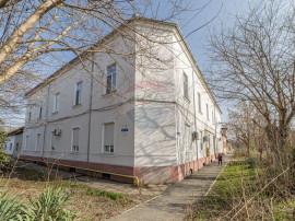 Casă / Vilă cu 23 camere de vânzare, Gradiste