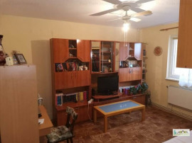 Apartament 3 camere ,etaj intermediar Grivitei,109GL