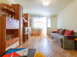 Apartament 3 camere decomandate de vânzare, zona Central...