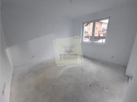 Apartament etajul 1 la cheie cu 2 camere decomandate si balc