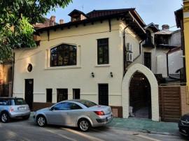Casa renovata, singur curte, zona Dacia