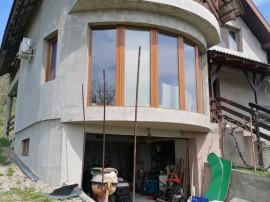 Casa pe strada Facliei