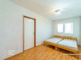 Apartament 3 camere, decomandat si spatios, zona Lebada