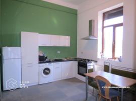 Apartament modern cu centrala termica, Centru, etaj 1
