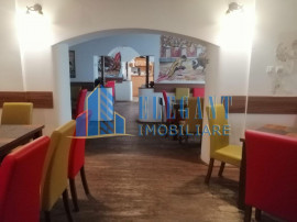 Afacere la cheie! Restaurant 140 mp utili+terasa-Centru V...