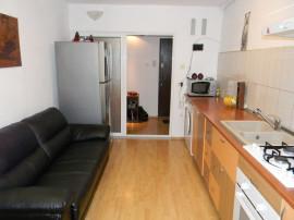 Apartament doua camere, Racadau