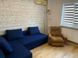 Apartament, doua camere, decomandat, 1 Mai-Sara