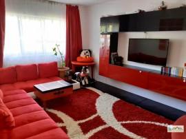 Apartament 3 camere decomandat renovat intrare Racadau,1087R