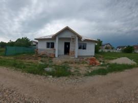 Casa pe parter, Varteju-3 camere,