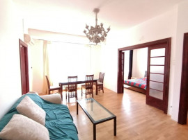 Apartament cu 3 camere in zona Unirii