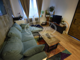 Apartament la etaj intermediar, str. Horea