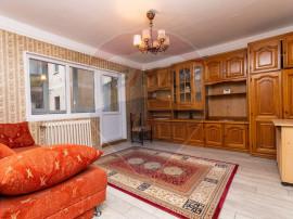 Apartament cu 4 camere de închiriat în zona Podgoria