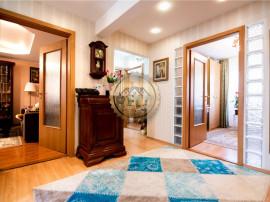 Apartament 4 camere de Oradea zona Nufarul