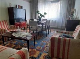 Apartament 3 camere etaj intermediar Calea Bucuresti,10A44