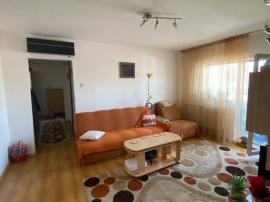 Apartament 3 camere zona Roman Voda