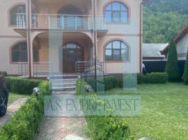Casa/Villa LUX,1400 mp teren - zona Lepsa/Tulnici(Vrancea)