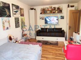 Apartament cu 4 camere decomandat semicentral zona FSEGA!!