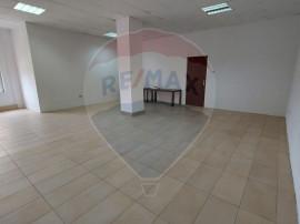 Spatiu pentru birou / cabinet 60 mp, zona Alfa