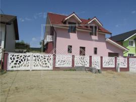 Casa individuala in Cisnadie - teren de 370 mp si garaj