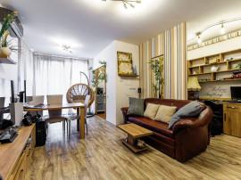Apartament cu două camere, Ared Kaufland.